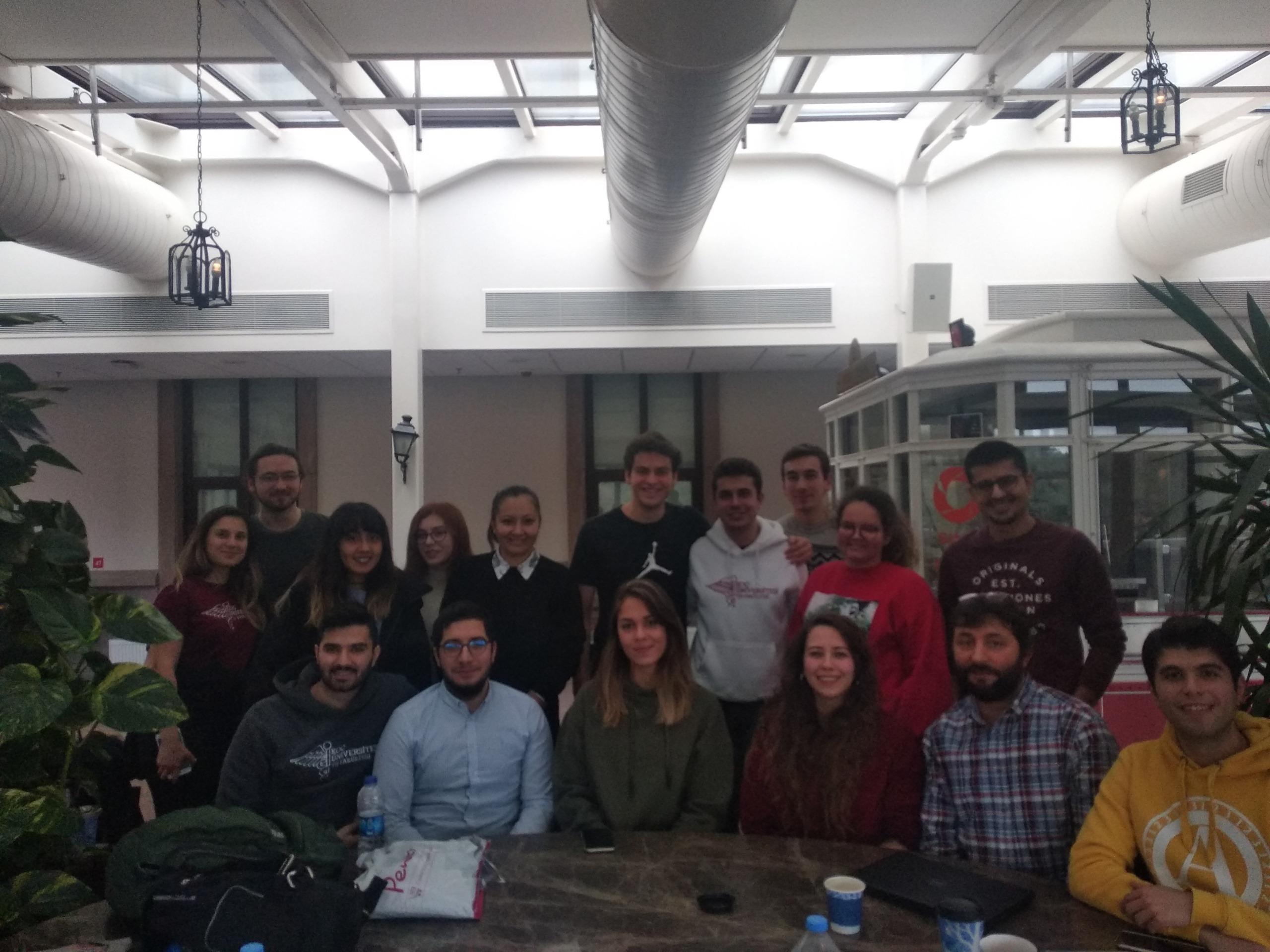 """Koç Üniversitesi Öğrencileri ile """"HIV/AIDS ve Stigma"""" Konulu Farkındalık Eğitiminde Buluştuk!"""